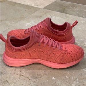 APL Shoes - APL PINK SNEAKERS - TECHLOOM PHANTOM